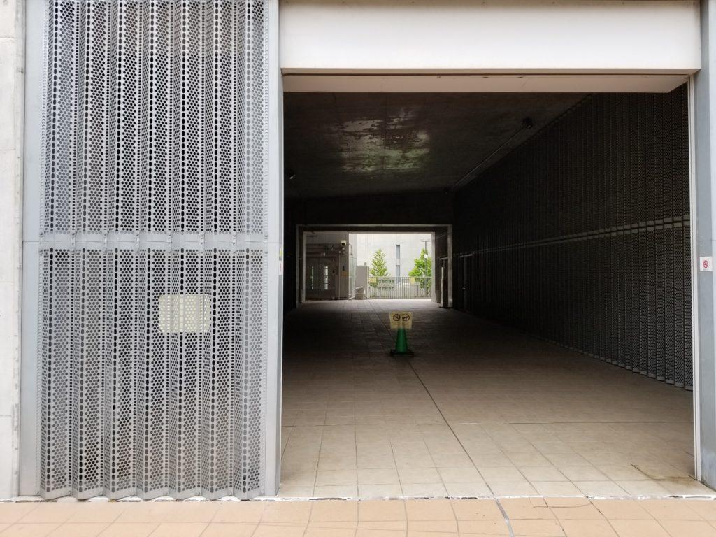 目黒天空庭園の目黒川側のエレベーター