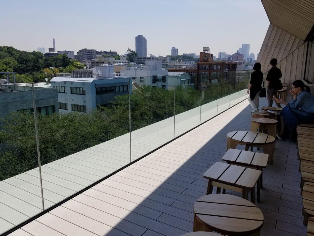 STARBUCKS RESERVE ROASTERY TOKYO4階のテラス