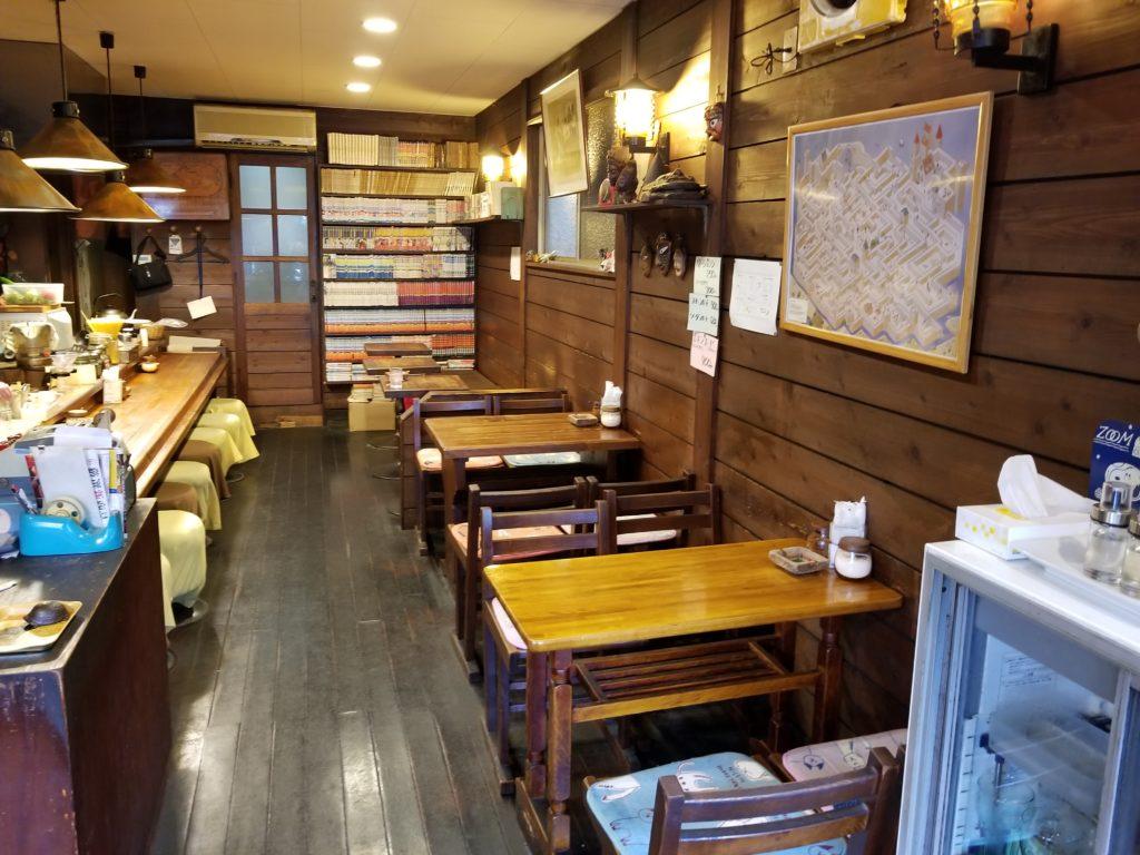 三丁目のコーヒー屋の内観