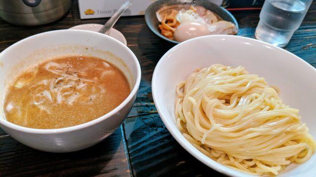 和利道(わりと)のつけ麺
