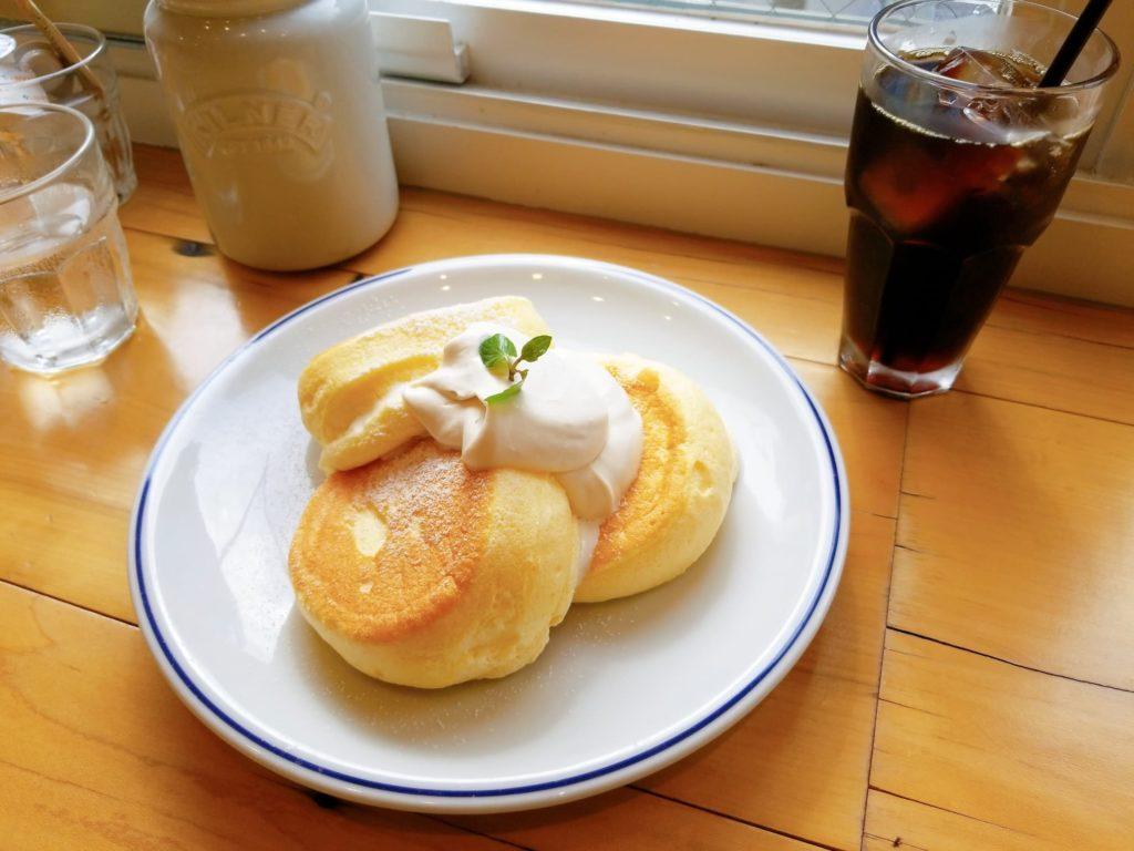 奇跡のパンケーキとアイスコーヒー