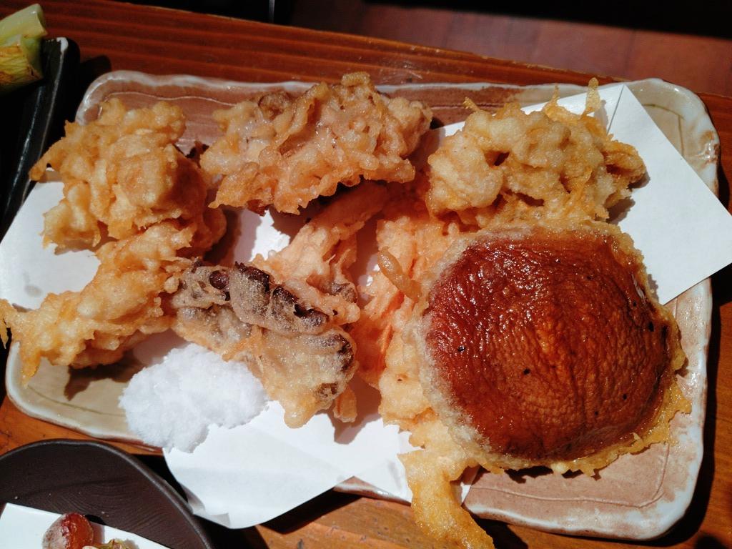 葱屋平吉のきのこ天ぷら盛り