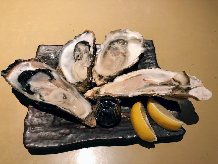 牡蠣入レ時の生牡蠣