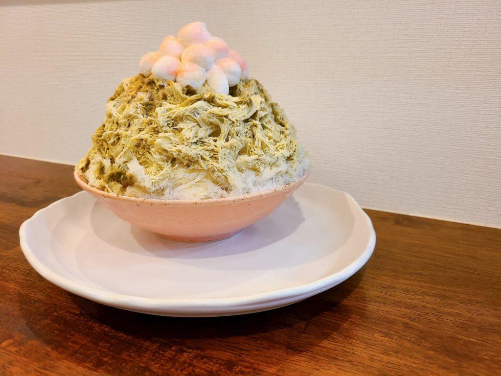 ナナシノ氷菓店のピスタチオアングレーズ
