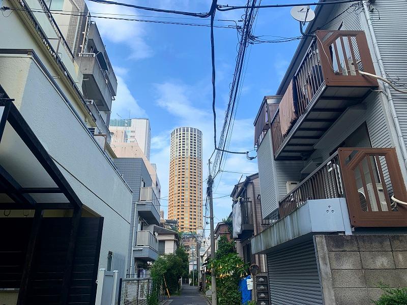 ワインファームTAMURA_中目黒で日曜昼飲み_きれいな空