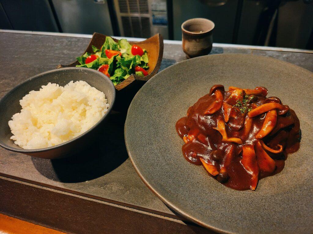 BOKURANOの煮込みハンバーグセット